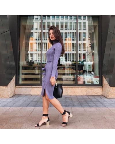 Идеальное базовое платье найдено!🤍 Выбирай свой особенный цвет👉🏻✨ . . ▫️Цвет: бежевый, пудра, чёрный, сирень, бордо ▫️Размер: универсал 42-44 ▫️Ткань: трикотаж лапша ▫️Длина 101см . . Цена: 489✨